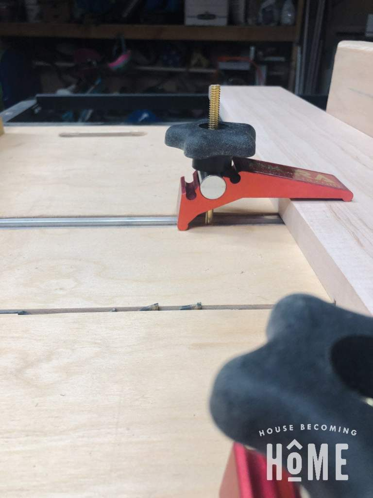 Blade Height to Cut Grooves into Drawer Fronts