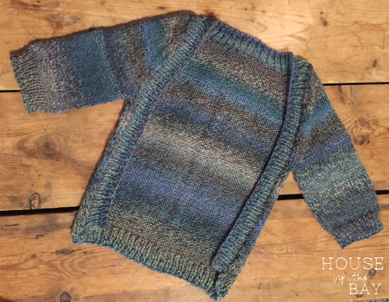 DIY baby gifts | frontless knit cardigan