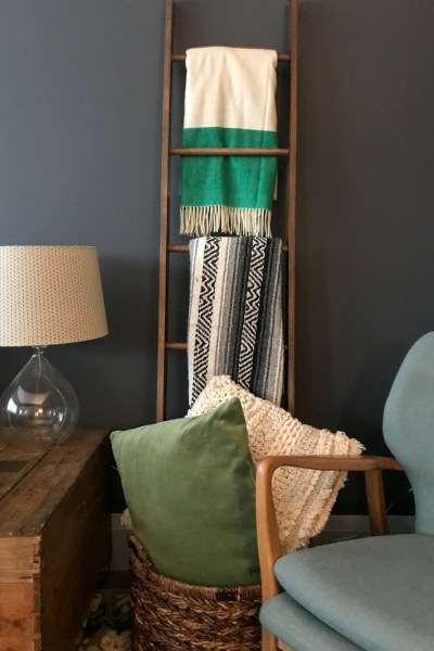 Easy Do It Yourself Wood Blanket Ladder Tutorial