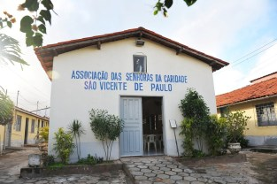 Translation: Association of the Ladies of Charity. Saint Vincent de Paul.
