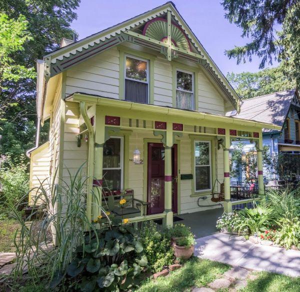 charming vintage cottage