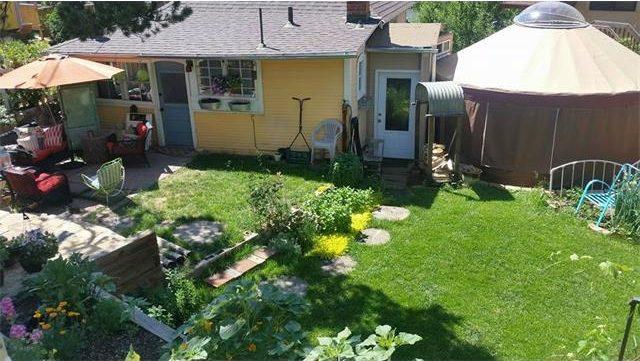 adorable cottage backyard