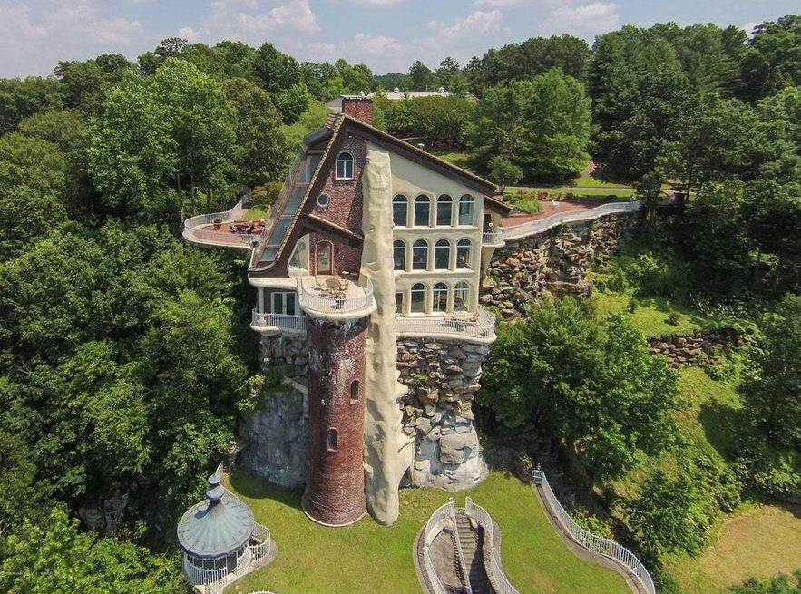 Smith Lake Castle for sale in Alabama