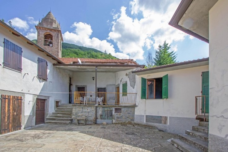 Villa in Tuscany for sale