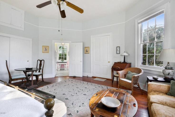 Twin Historic Round Cottages For Sale in Mississippi