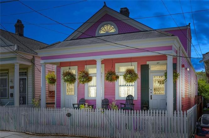 New Orleans Creole style shotgun house