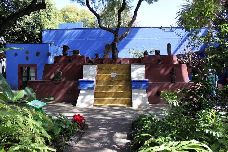 Frida Kahlo's garden at La Casa Azul