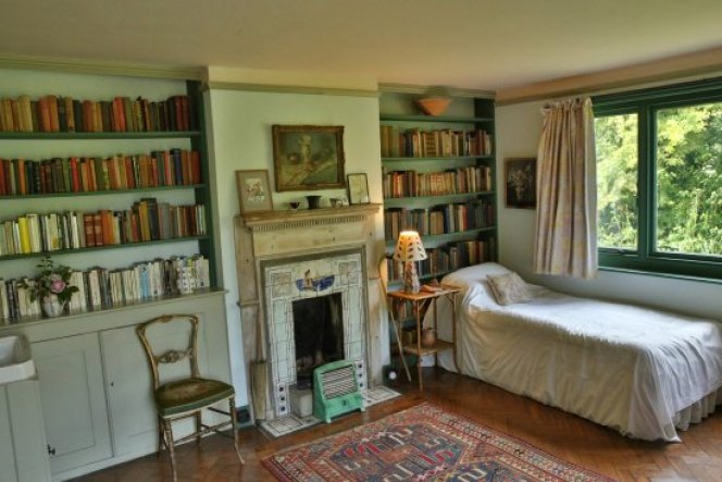 inside Monk's House Virginia Woolf's house bedroom