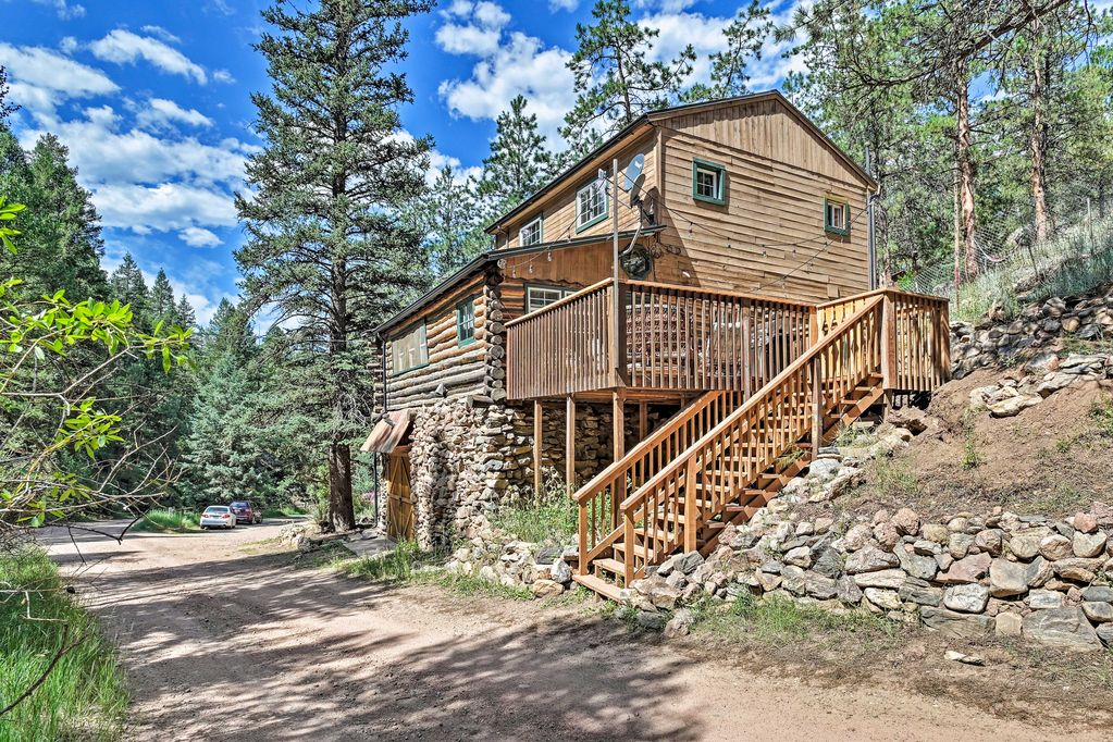 Colorado mountain getaway cabin