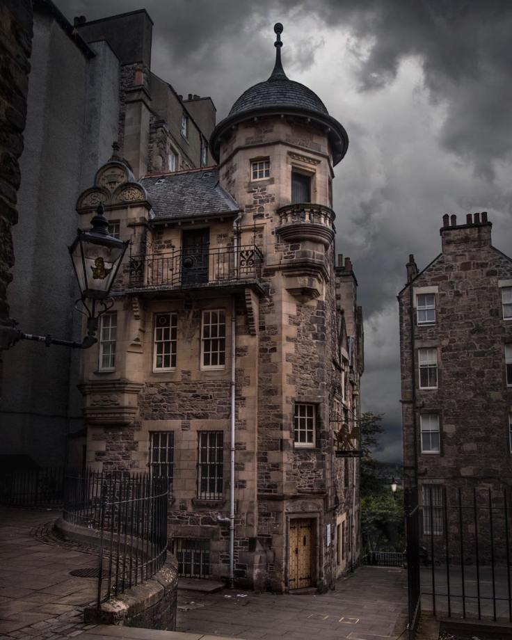 Scottish-Writer's-Museum-in-Edinburgh-Scotland