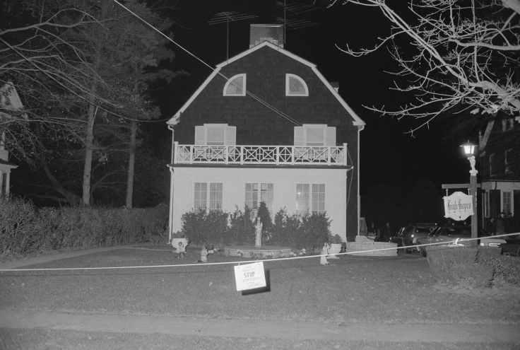 Amityville-Horror-House-in-1970s