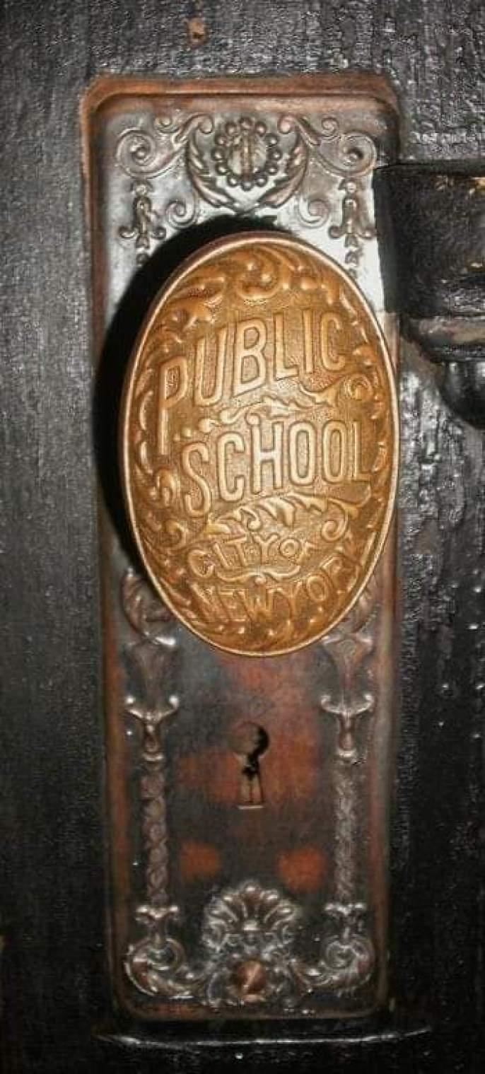 schoolhouse vintage door knob
