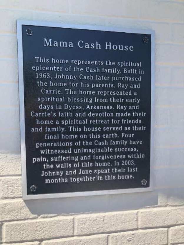 Johnny-Cash-Home-Henderson-Tennessee