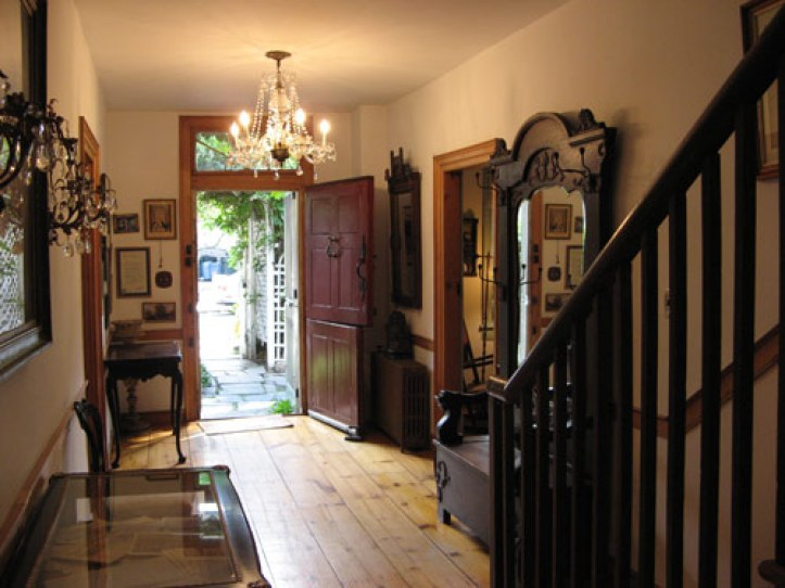 Lent-Riker-homestead-in-New-York-interior