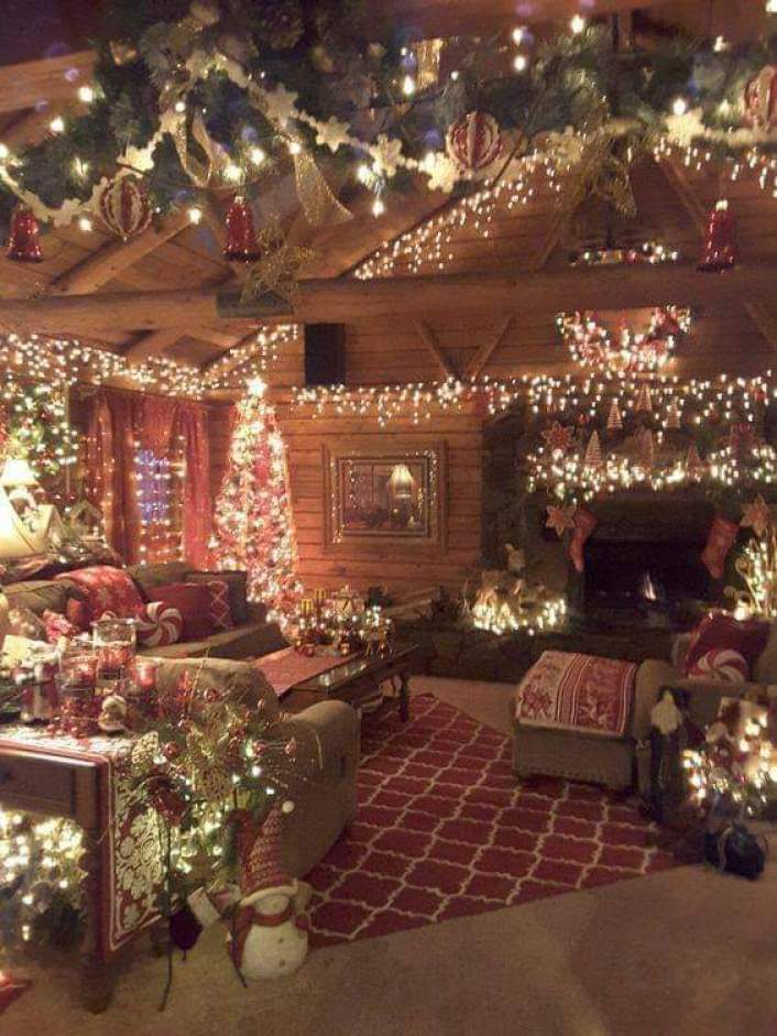 cozy Christmas décor