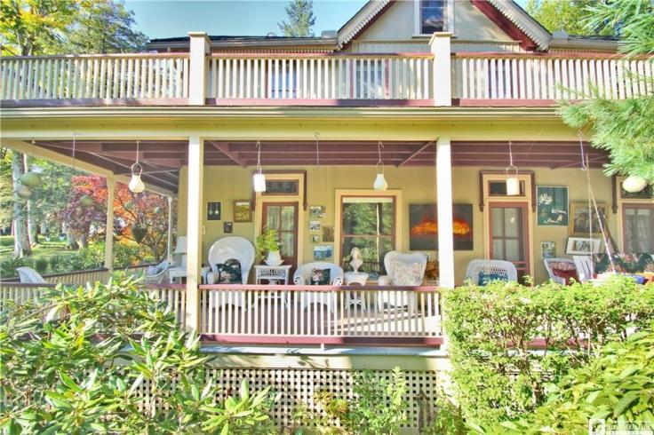 Chautauqua-cottage-in-NY-for-sale