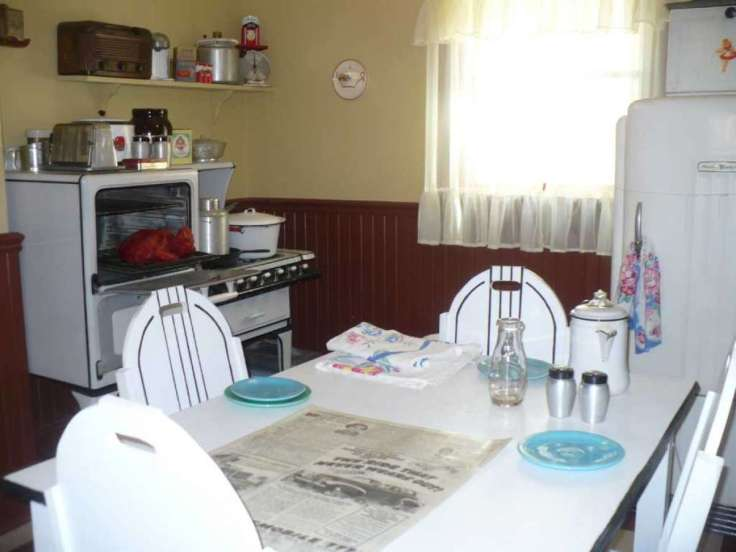 inside-the-real-life-A-Christmas-Story-movie-house-kitchen