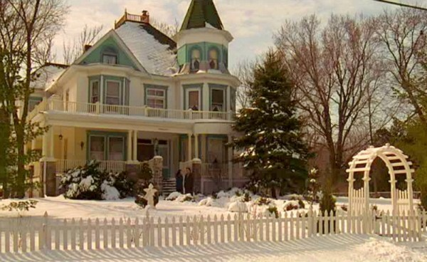 Groundhog-Day-Movie-Bed-and-Breakfast