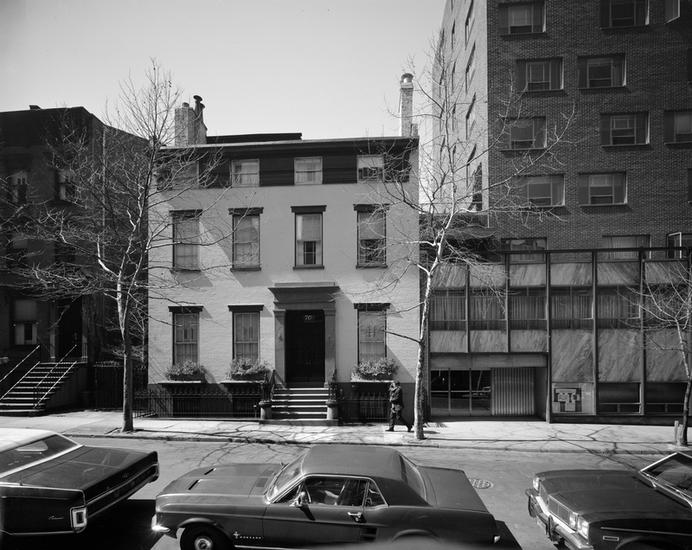 Truman Capote house in Brooklyn Heights