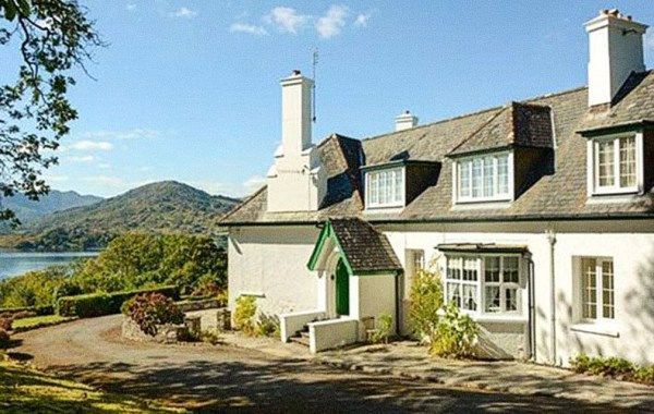 Maureen O'Hara's Irish home