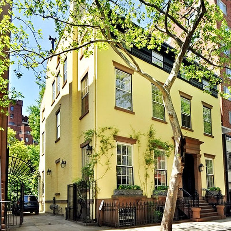 Truman Capote Brooklyn house painted yellow