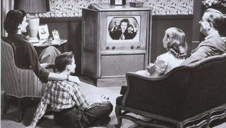 vintage family watching tv