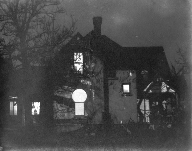 Castle of Chaos Keyhole House Hale House