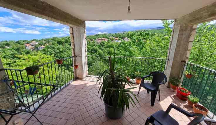 Restored Italian villa for sale in Italy