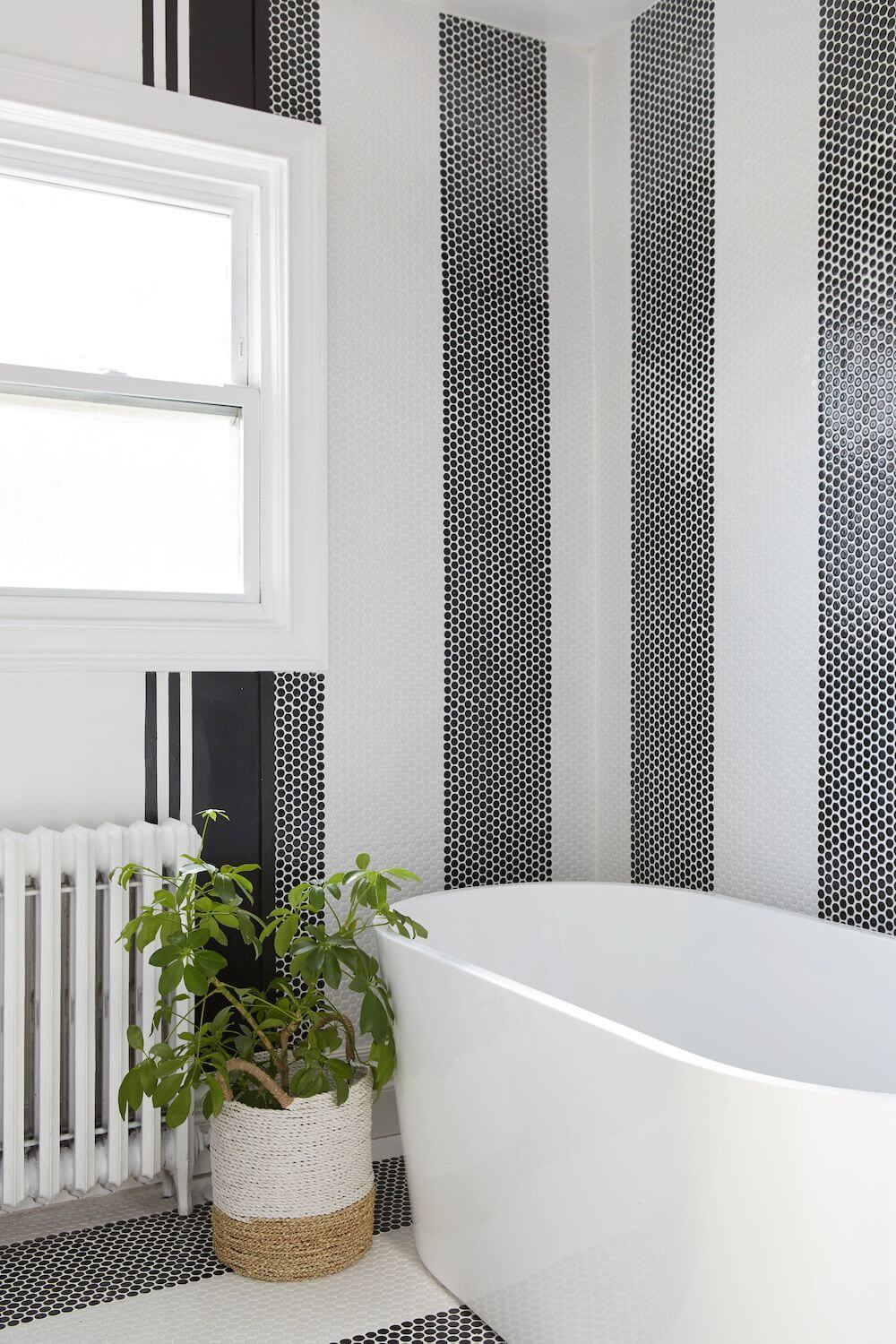11 Small Bathroom Tile Ideas That'll Liven Up Your ... on Small Space Small Bathroom Tiles Design  id=45584