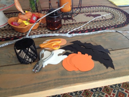Halloween Crafts: Bat Mobile || House. Food. Baby.