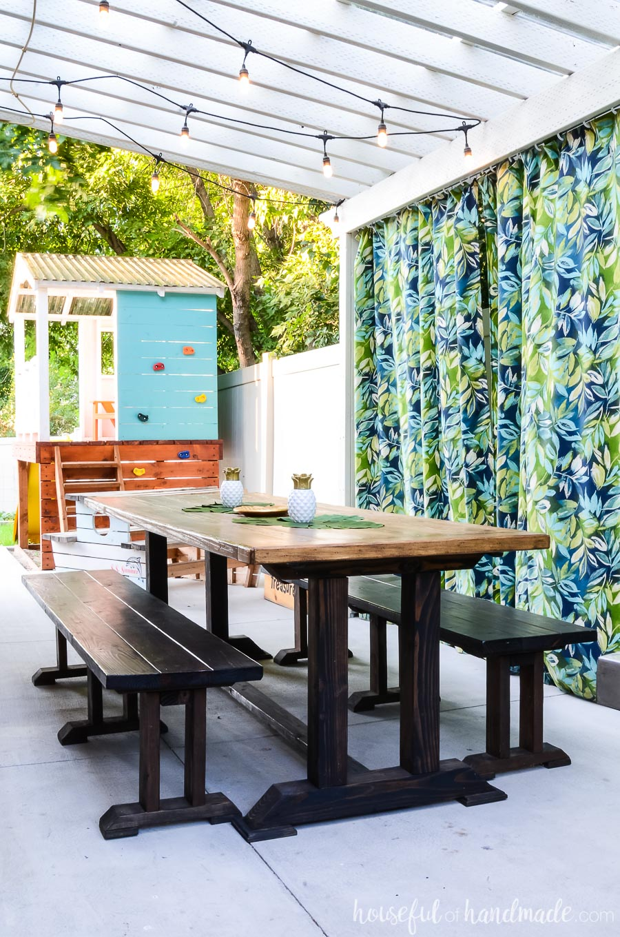 Island Inspired Outdoor Living Spaces - Houseful of Handmade on Living Spaces Outdoor Dining id=84293