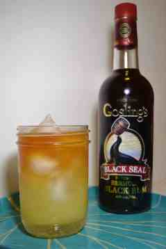 Goslings Ginger Ale Cocktail