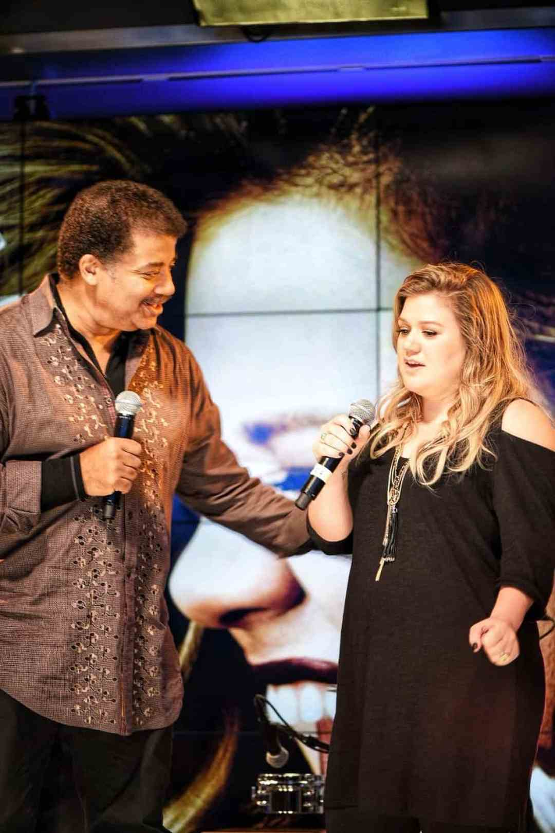 Neil deGrasse Tyson and Kelly Clarkson discuss her new album, the Meaning of Life