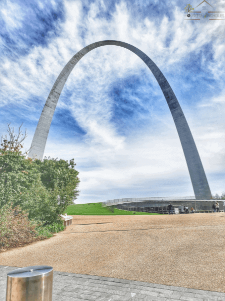 Driving through Missouri on Route 66 is a 317 mile trip through history. From neon signs, to museums with libraries attached - you'll find something to love.