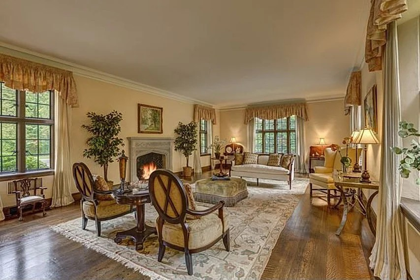 John Hughes House In Lake Forest On The Market