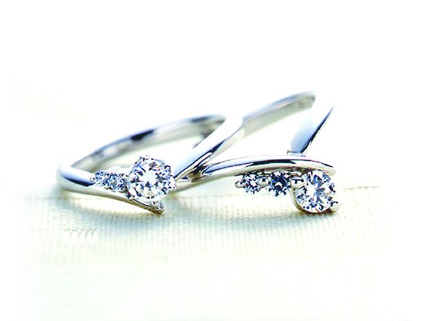 エンゲージリング 婚約指輪 V字