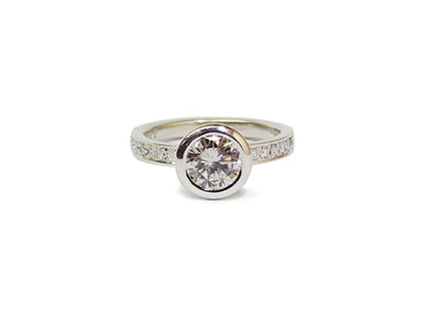 ダイヤモンドリング 1ct プラチナ