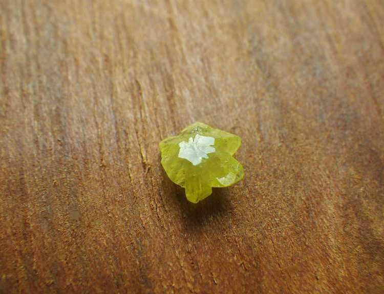 chrysoberyl_crystal_0.6ct_madagascar1