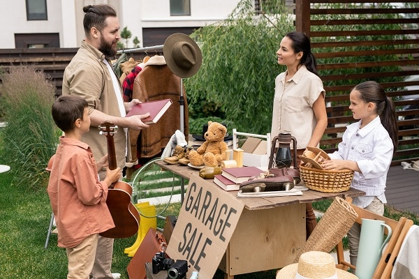 How To Set Up A Successful Yard Sale