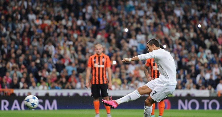 Video : Ronaldo Scores Hattrick as Real Madrid beat Shakhtar 4-0 All Goals (Champions League 2015)