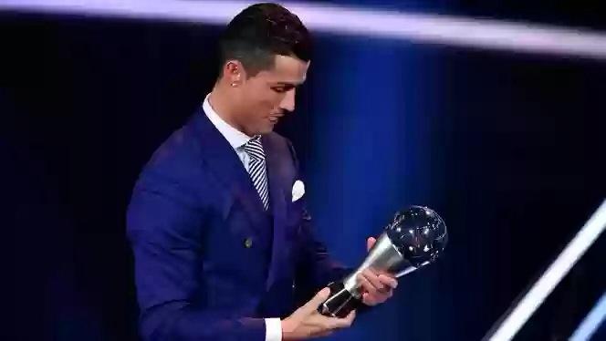 Cristiano Ronaldo wins the best FIFA men's player 2016