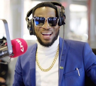 Top 10 RICHEST Musicians In Nigeria And Their Net Worth – (2017)