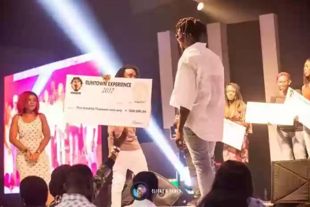 Runtown Gives Away N1million at The One Night Only Concert