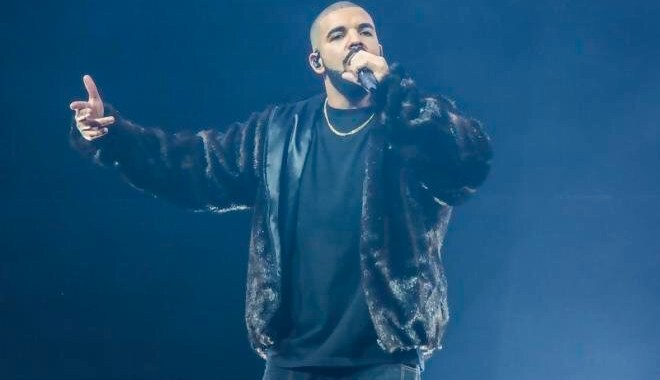 Drake dropping New Music soon (Snippet)