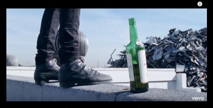 G-Eazy ft. Charlie Puth - Sober (Music Video)