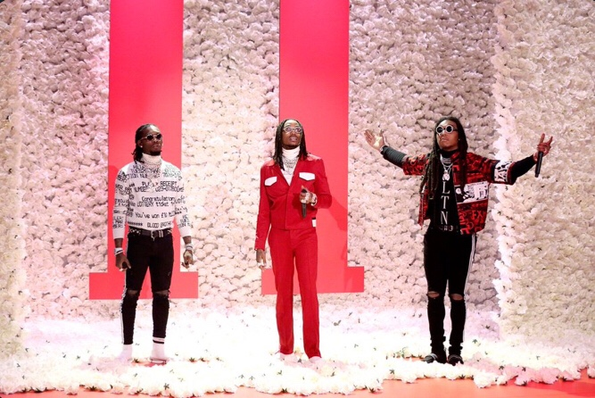 Migos ft. Drake - Walk It Talk It (Video)