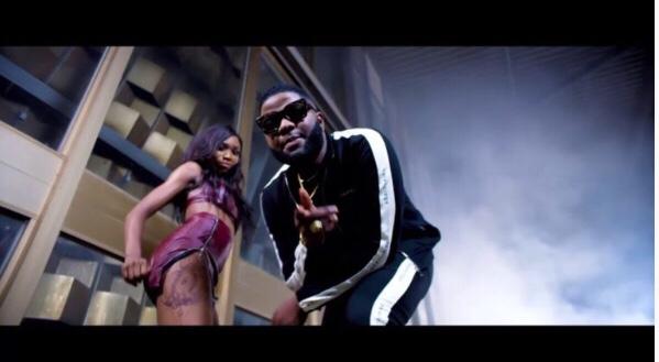 Skales - Pass ft. Yung L & Endia (Video)