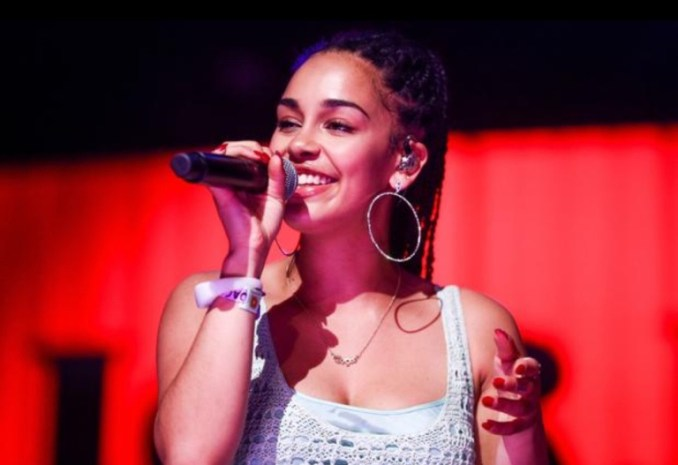 Jorja Smith Performs All The Stars by Kendrick Lamar & SZA At The Live Lounge (Video)
