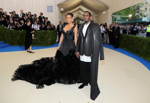 Diddy Feels Betrayed By Cassie After She Slept With Trainer He Paid For