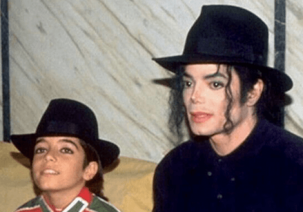 Video Of Michael Jackson's Former Maid Claiming She Has Proof He Raped Little Boys